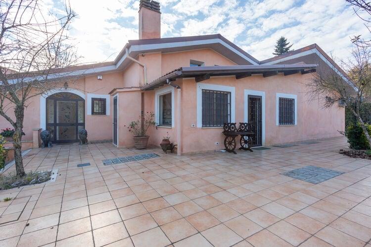Villas Italie | Lazio | Villa te huur in Roma met zwembad  met wifi 8 personen