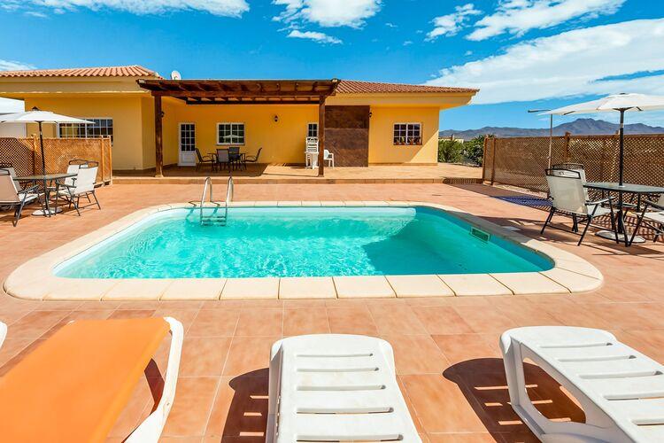 Vakantiehuizen Spanje | Fuert | Boerderij te huur in Tuineje met zwembad  met wifi 6 personen