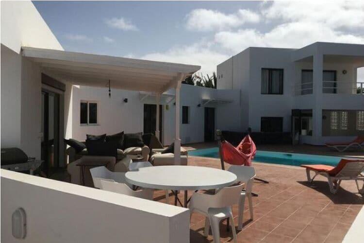 Spanje | Lnzt | Vakantiehuis te huur in Teguise met zwembad  met wifi 6 personen
