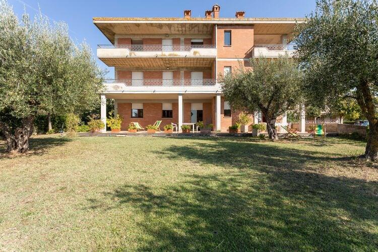 Appartementen Italie | Toscana | Appartement te huur in Tuoro-sul-Trasimeno met zwembad  met wifi 6 personen