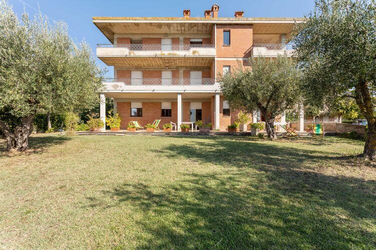Appartementen Italie | Toscana | Appartement te huur in Tuoro-sul-Trasimeno met zwembad  met wifi 8 personen