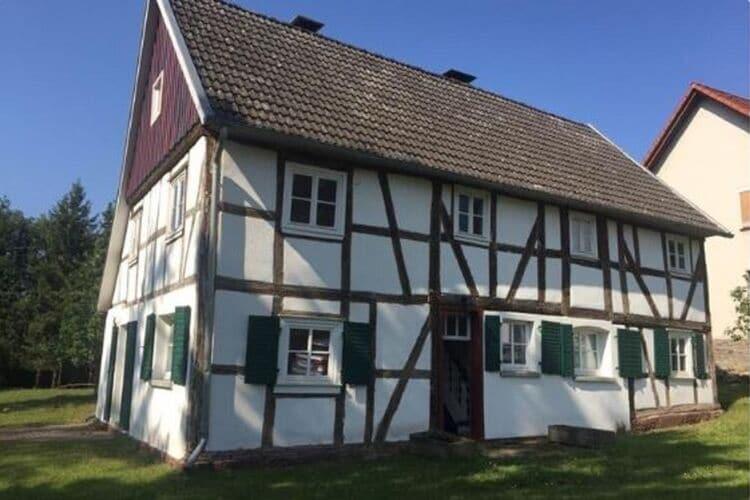Duitsland | Hessen | Vakantiehuis te huur in Korbach-Eppe   met wifi 6 personen