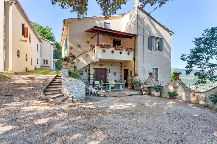Vakantiehuizen Italie | Umbrie | Appartement te huur in Stroncone   met wifi 4 personen