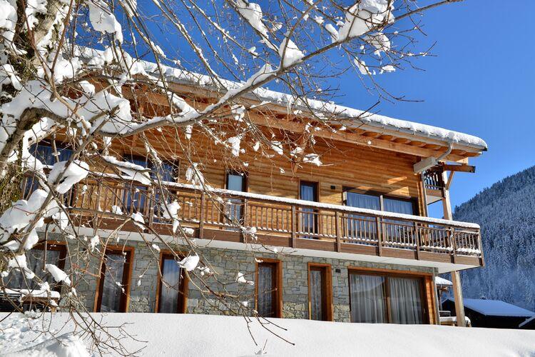 Vakantiehuizen Frankrijk | Auvergne | Appartement te huur in La-Chapelle-dAbondance   met wifi 9 personen