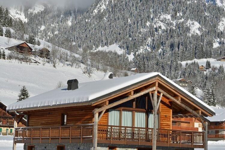 Vakantiehuizen Frankrijk | Auvergne | Appartement te huur in La-Chapelle-dAbondance   met wifi 10 personen