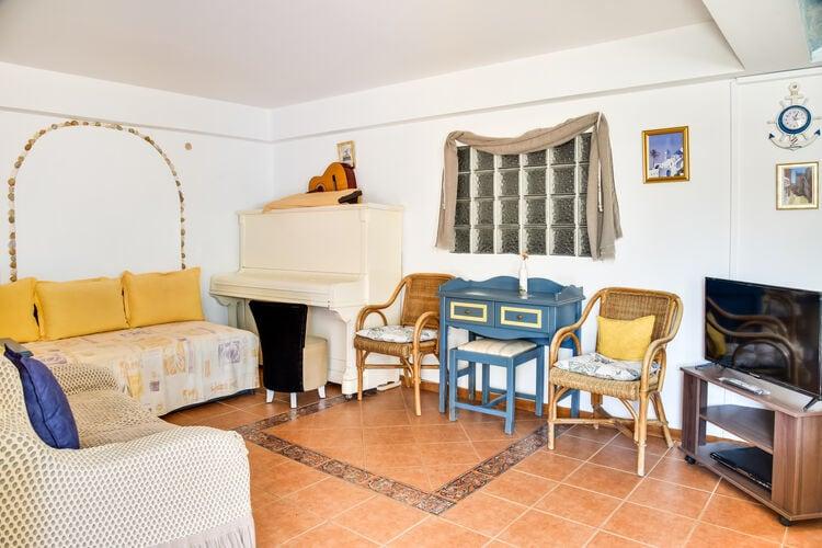 Vakantiehuizen Griekenland | Centraal-Griekenland | Vakantiehuis te huur in Syros   met wifi 6 personen