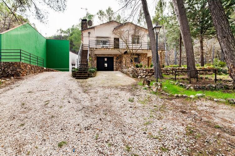 Spanje | Madrid | Vakantiehuis te huur in Guadalajara   met wifi 6 personen