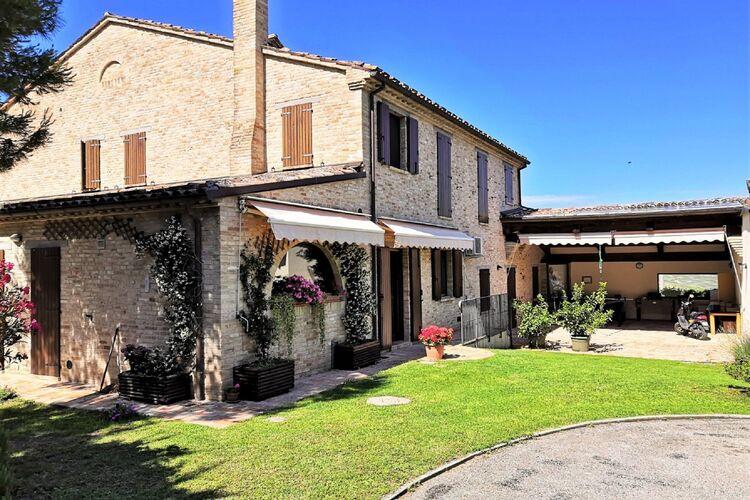 Vakantiehuizen Italie | Marche | Villa te huur in Tavullia met zwembad  met wifi 20 personen