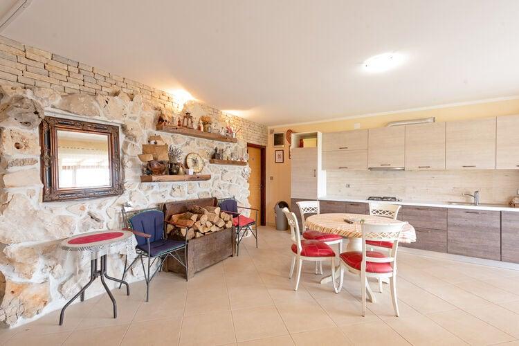 vakantiehuis Kroatië, Dalmatie, Kolan vakantiehuis HR-00037-29