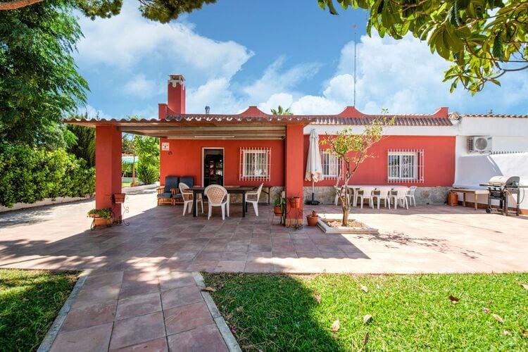 Vakantiehuizen Spanje | Luz | Villa te huur in Chiclana-de-la-Frontera met zwembad  met wifi 9 personen