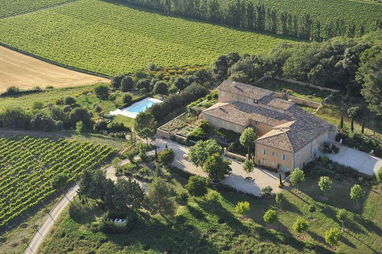 La Maison des Rosiers Rustrel Provence Cote d Azur France