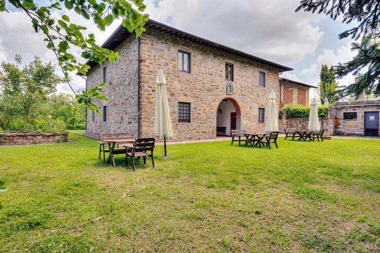 Vakantiehuizen Italie | Toscana | Boerderij te huur in Greve-in-Chianti met zwembad  met wifi 4 personen