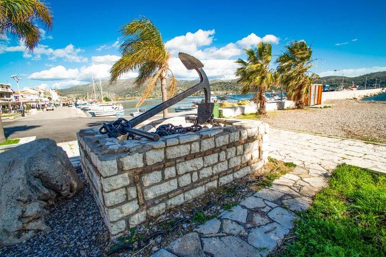 Appartementen Griekenland | Centraal-Griekenland | Appartement te huur in Astakos   met wifi 6 personen