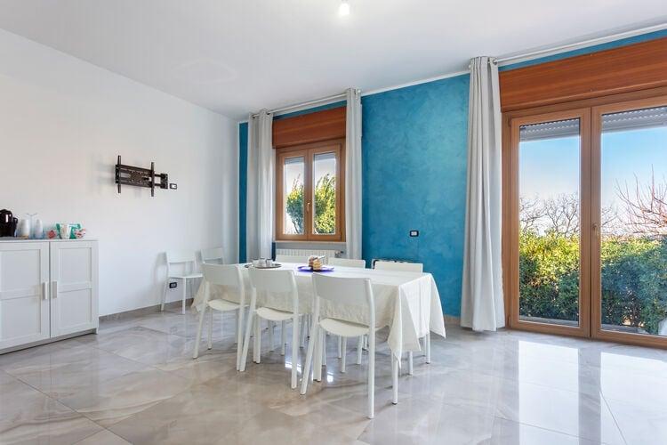 Villas Italie | Abruzzo | Villa te huur in Termoli    6 personen