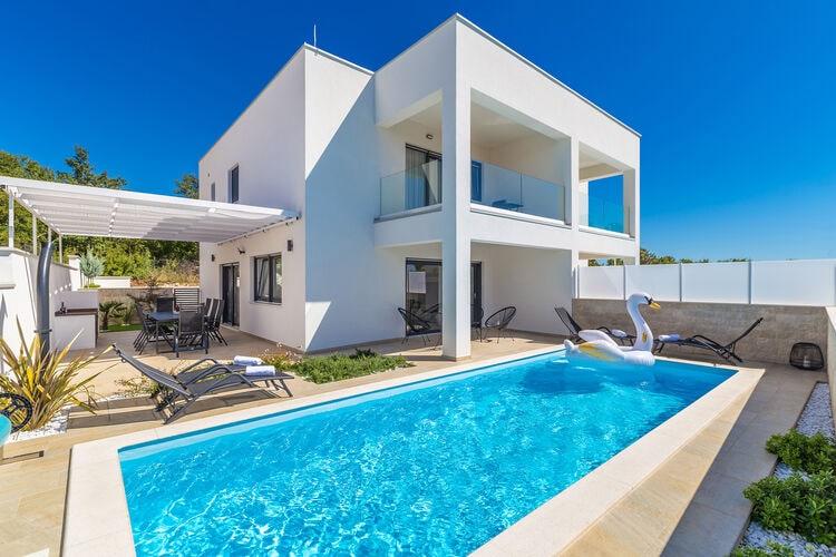 Villa Kroatië, eld, Linardići Villa HR-00042-50