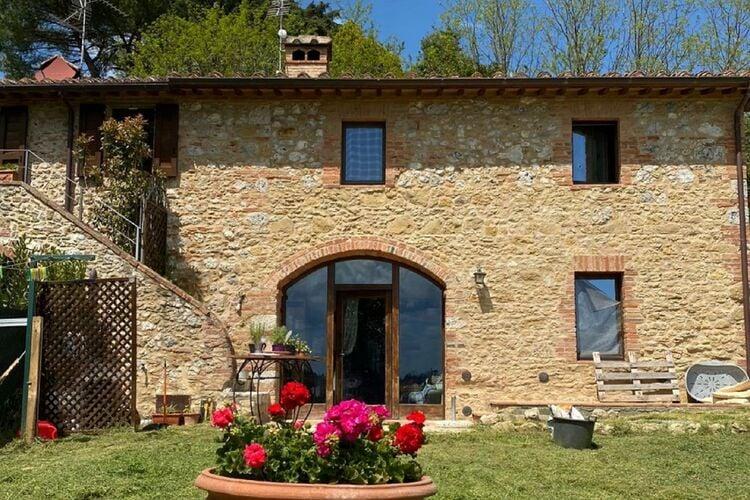 Vakantiehuizen Italie   Toscana   Villa te huur in Siena   met wifi 8 personen