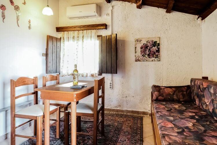 Vakantiehuizen Griekenland | Grzak | Appartement te huur in Askos   met wifi 3 personen