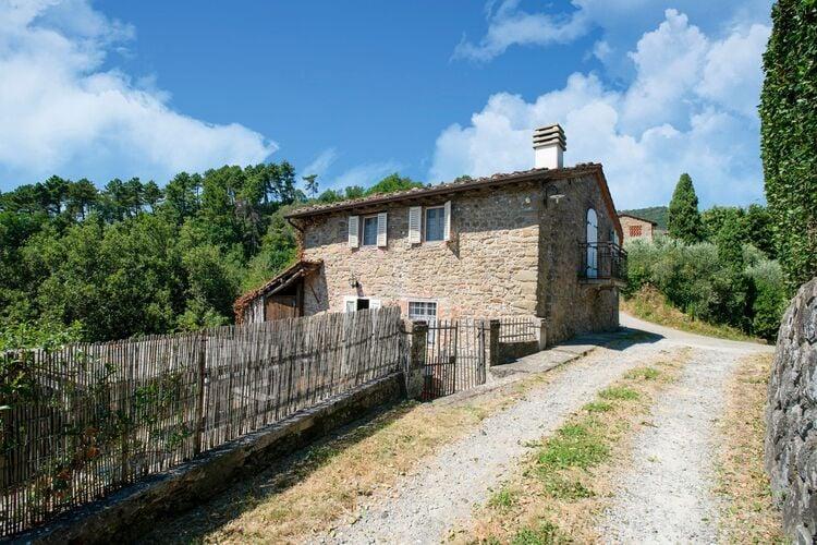 Vakantiehuizen Italie | Toscana | Vakantiehuis te huur in Lucca   met wifi 10 personen