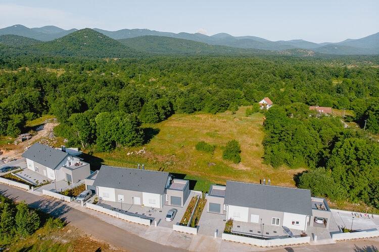 Vakantiehuizen Kroatie | Kvarner | Vakantiehuis te huur in Lovinac   met wifi 6 personen