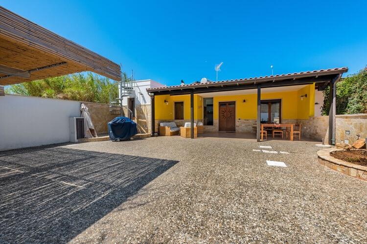 Vakantiehuizen Italie | Puglia | Villa te huur in Marina-di-Mancaversa   met wifi 6 personen