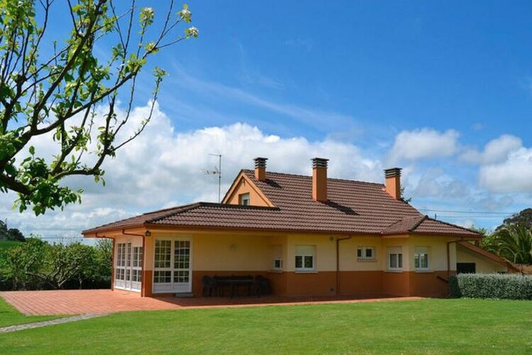 Holiday home Green Spain