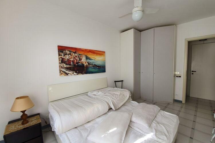 vakantiehuis Italië, lig, Varazze vakantiehuis IT-17019-10