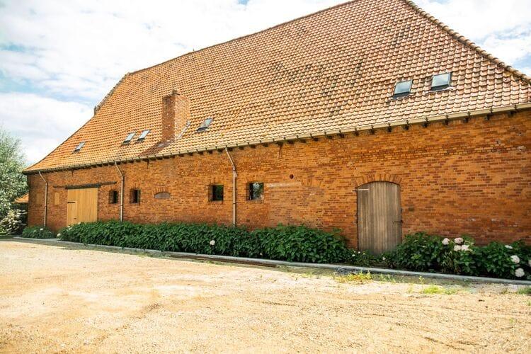 Boerderijen Belgie | West-Vlaanderen | Boerderij te huur in Moorslede met zwembad  met wifi 10 personen