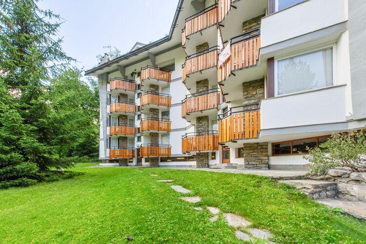 Vakantiehuizen Italie | Val-daosta | Appartement te huur in Courmayeur   met wifi 7 personen