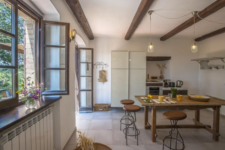 Villa Italië, Marche, Montefelcino Villa IT-00037-372