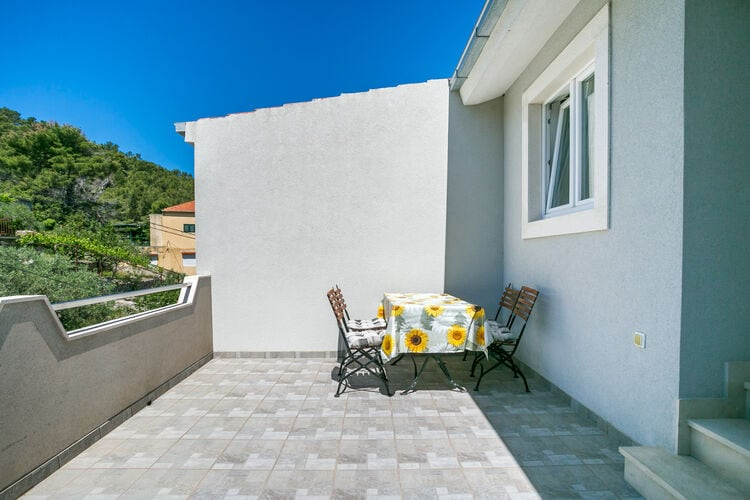 Appartement Kroatië, eld, Stomorska Appartement HR-21432-05