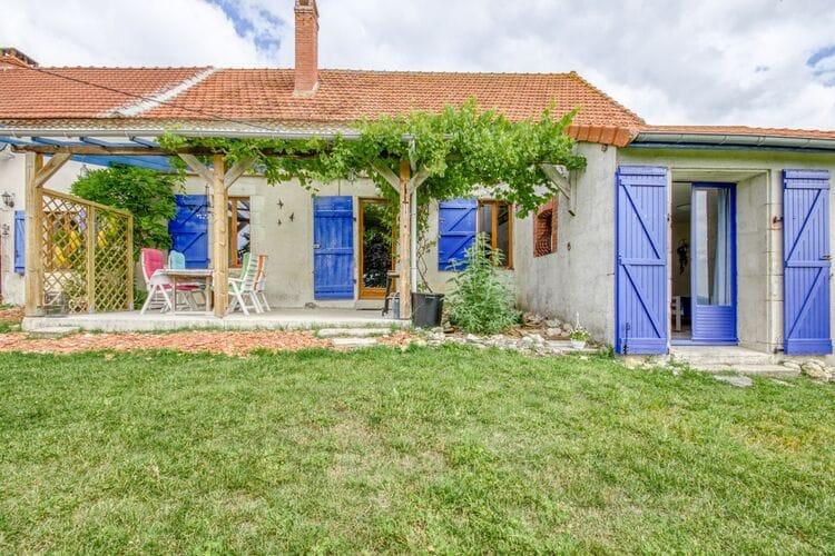 Vakantiehuizen Frankrijk | Auvergne | Vakantiehuis te huur in Sussat met zwembad  met wifi 6 personen