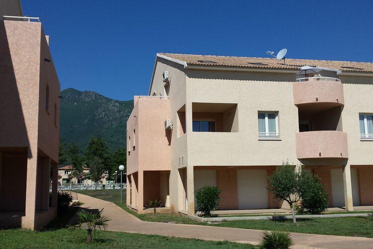 Appartementen Frankrijk | Corse | Appartement te huur in Santa-Maria-Poggio met zwembad  met wifi 6 personen