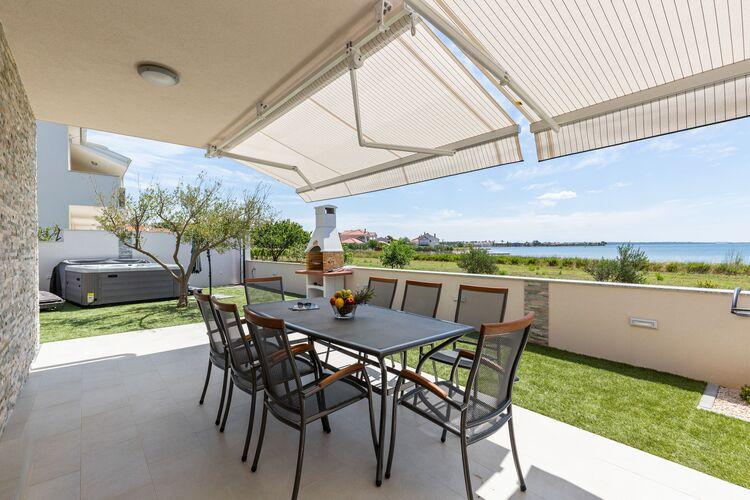 vakantiehuis Kroatië, Dalmatie, Privlaka vakantiehuis HR-23233-13