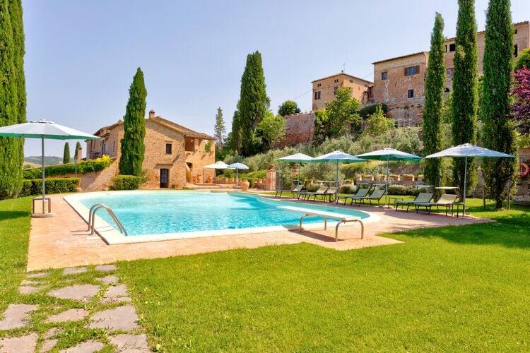Vakantiehuizen Italie | Toscana | Vakantiehuis te huur in Montalcino met zwembad  met wifi 5 personen