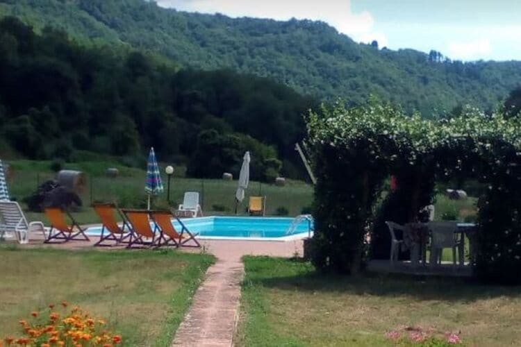 Boerderij Italië, Toscana, Fosciandora Boerderij IT-55100-122
