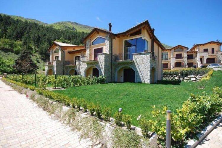Vakantiehuizen Italie | Abruzzo | Vakantiehuis te huur in Scanno   met wifi 9 personen