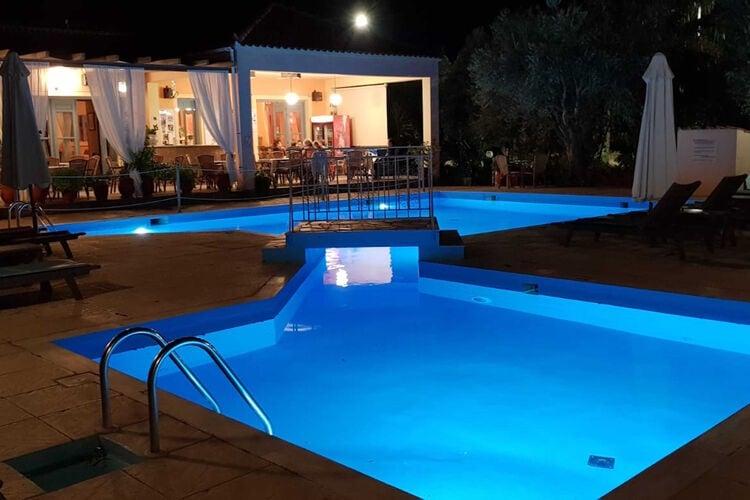 Vakantiehuizen Griekenland | Grles | Appartement te huur in Lesbos-Island met zwembad  met wifi 3 personen