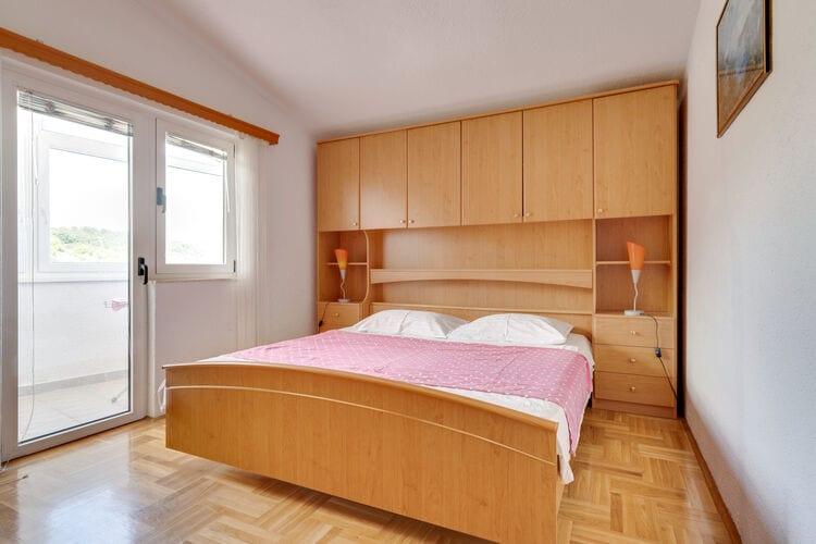 Appartement Kroatië, Dalmatie, Okrug Gornji Appartement HR-21223-34