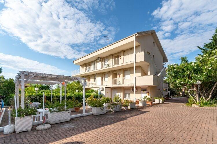 Vakantiehuizen Loano te huur Loano- IT-17025-27 met zwembad  met wifi te huur