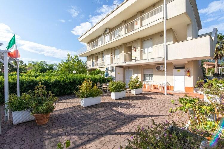 Vakantiehuizen Loano te huur Loano- IT-17025-29 met zwembad  met wifi te huur