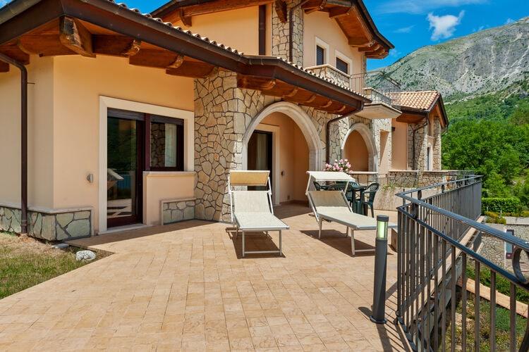 Vakantiehuizen Italie | Abruzzo | Vakantiehuis te huur in Scanno   met wifi 8 personen