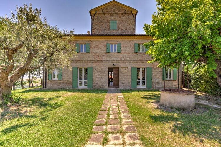 Vakantiehuizen Italie | Marche | Vakantiehuis te huur in San-Silvestro-Senigallia-Ancona met zwembad  met wifi 9 personen