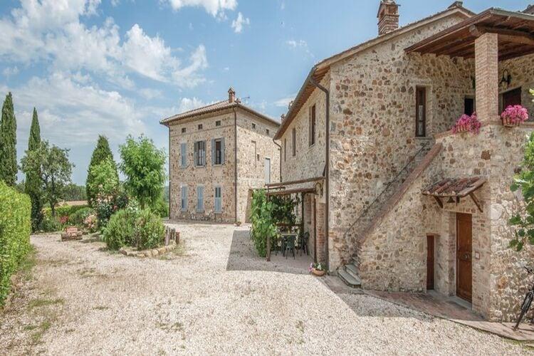 Vakantiehuizen Italie | Toscana | Appartement te huur in Casole-dElsa met zwembad  met wifi 12 personen