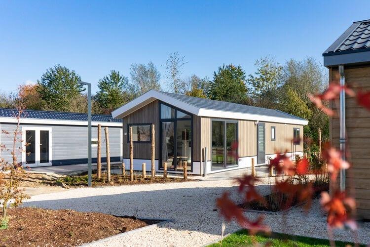 Vakantiehuizen Nederland | Noord-Brabant | Chalet te huur in Kaatsheuvel met zwembad  met wifi 4 personen