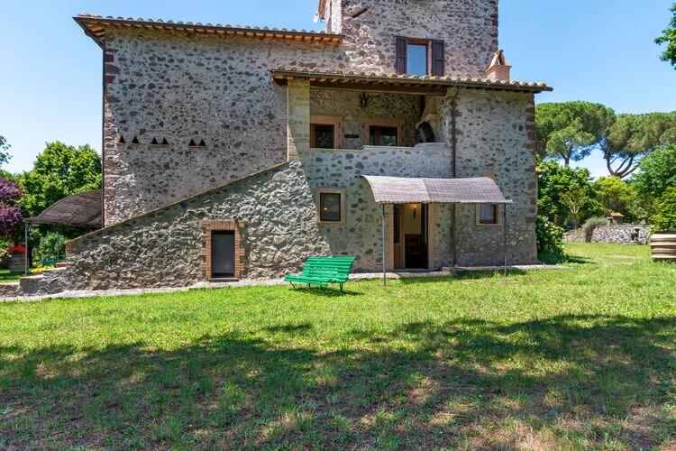 Woning Italie | Lazio | Vakantiehuis te huur in Bolsena met zwembad  met wifi 4 personen