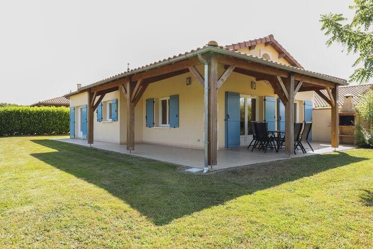 Villas Frankrijk   Pays-de-la-loire   Villa te huur in Les-Forges met zwembad  met wifi 6 personen