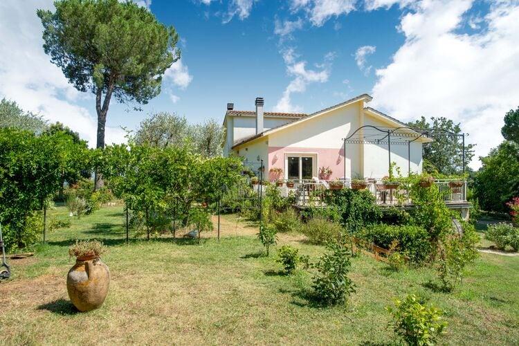 Woning Italie | Lazio | Vakantiehuis te huur in Fabrica-di-Roma   met wifi 6 personen