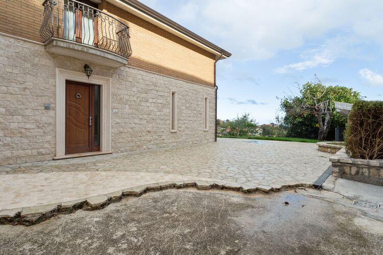 vakantiehuis Italië, Abruzzo, Campobasso vakantiehuis IT-86100-04
