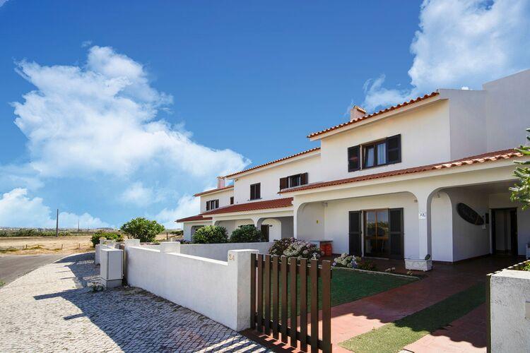Vakantiehuizen Portugal | Centraal-Portugal | Vakantiehuis te huur in Ferrel   met wifi 8 personen