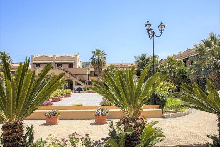 Villa Italië, Sicilia, Campofelice di Roccella Villa IT-00073-957